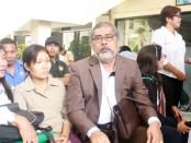 Ketua Komnas PA, Aris Merdeka Sirait di Pengadilan Negeri Denpasar, Selasa, 27 Oktober 2015 - foto: Koranjuri.com