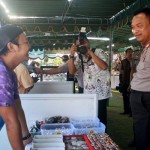 Kapolda Bali Irjen Pol Sugeng Priyanto meresmikan tagline Mapolres Gianyar 'Ayo Main ke Kantor Polisi' yang dikemas dengan pameran batu nusantara - foto: Koranjuri.com