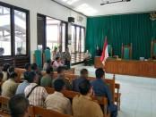 Suasana sidang gugatan praperadilan atas pemohon Bupati Kabupaten Rote Ndao, Leonard Haning - foto: Isak Doris Faot