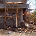 Proyek SMP Negeri 11 Denpasar yang molor dari waktu yang sudah ditentukan - foto: Agung Wiarta