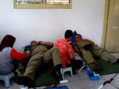 Aksi donor darah Satpol PP Purworejo - foto: Sujono/Koranjuri.com