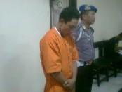 Pelaku jambret di kawasan wisata Legian, Kuta Bali yang ditangkap Polsek Kuta - foto: Suyanto/Koranjuri.com
