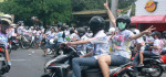 Konvoi dan Aksi Corat Coret Pelajar Macetkan Jalan Sudirman Denpasar