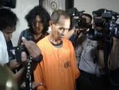 Ini dia predator yang melakukan pencabulan sesama jenis di Kuta. Pelaku kini mendekam di tahanan Polsek Kuta - foto: Suyanto/Koranjuri.com