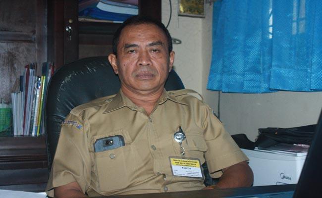 Kepala SMP Negeri 11 Denpasar, I Putu Jaya - foto: Koranjuri.com
