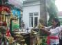 Khusuk Umat Hindu di Bali Peringati Hari Turunnya Ilmu Pengetahuan