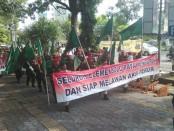 Aksi warga Surakarta dari berbagai elemen menolak dan melawan segala bentuk aksi terorisme dan radikalisme - foto: Djoko Judiantoro/Koranjuri.com