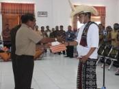 Pernyataan sikap warga Nusak Lole, Kecamatan Lobalain, Kabupaten Rote Ndao yang menuntut pemekaran kecamatan -  foto: Isak Doris Faot/Koranjuri.com