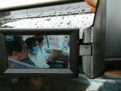 Penahanan terrsangka Parno Tris Hadiono, mantan pejabat PT Adhi Karya Divisi VII dipindahkan ke Kejaksaan Tinggi Bali itu. Dari kasus dugaan korupsi itu ditemukan kerugian negara mencapai Rp 3,7 milyar - foto: Suyanto/Koranjuri.com