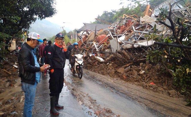 Garut Diterjang Banjir, 15 Orang Meninggal
