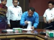 Penandatanganan Kerjasama SPAM Regional Kebumen-Purworejo - foto: Sujono/Koranjuri.com