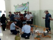 Pelatihan pembuatan gula semut dari tim SMK N 1 Purworejo di SMK Islam 1 Blitar, pada Rabu (18/1) lalu - foto: Sujono/Koranjuri.com