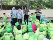 Anak-anak dari PAUD Al Ikhlas, Seliling saat mengunjungi Polres Kebumen - foto: Sujono/Koranjuri.com