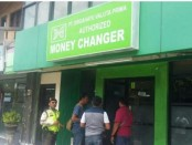 Sebuah money changer di Komplek Pertokoan Segitiga Mas No.5, Jalan By Pass Ngurah Rai, Kuta jadi sasaran perampokan, Sabtu, 4 Februari 2017 - foto: Istimewa
