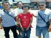 Tim buser Reskrim Polresta Denpasar dan Polsek Denpasar Barat telah melakukan penangkapan tersangka Pembunuhan di Jalan Gunung Salak, Gang Esa, Denpasar, Sabtu (25/2/2017) kemarin. MH tersangka,  ditangkap di Pelabuhan Ketapang, Jawa Timur - foto: Istimewa