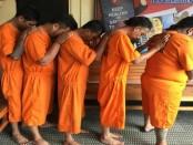 5 orang pengecer yang menjual paket-paket kecil sabu-sabu diamankan Satuan Reserse Narkoba Polresta Denpasar - foto: Istimewa