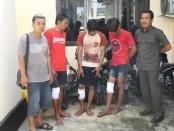 Ketiga maling spesialis curanmor, yang kini ditahan di Mapolres Kebumen - foto: Sujono/Koranjuri.com
