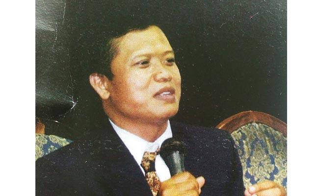 Nuryadin, SSos, Kepala SMK Kesehatan Purworejo/Sujono
