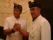 Danrem 163/Wira Satya, Kolonel Arh I Gede Widiyana dan Kolonel Infantri I Nyoman Cantiasa - foto: Suyanto