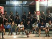 Puluhan preman yang berprofesi sebagai Awu-awu di Terminal Ubung terjaring Razia Tim pemberantasan premanisme Polda Bali - foto: Istimewa