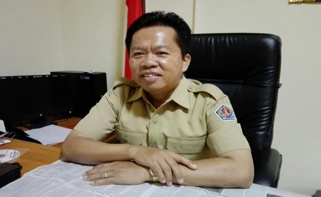 Kepala SMA Negeri 1 Denpasar, I Nyoman Purnajaya - foto: Koranjuri.com