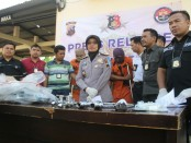 Press rilis kasus pencurian material proyek RS Palang Biru, Gombong, di Mapolres Kebumen - foto: Sujono/Koranjuri.com