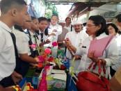 Siswa SMP Dharma Wiweka Denpasar mempresentasikan inovasi pengolahan Saluran Pengolahan Air Limbah (SPAL) kepada tim penilai Lomba Sekolah Sehat Tingkat Kota Denpasar, Rabu, 7 Juni 2017 - foto: Wahyu Siswadi/Koranjuri.com