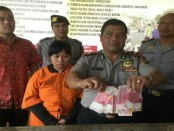 Pelaku pencurian uang Musyarofah (27) alias Nur yang diamankan Tim Opsnal Polsek Kuta - foto: Istimewa