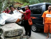 Rekonstruksi kasus pembunuhan di Desa Kenteng, Sempor, Kebumen, Selasa (18/7) - foto: Sujono/Koranjuri.com