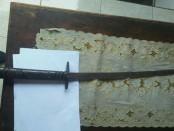 Barang bukti sebilah pedang yang diamankan dari pelaku - foto: Istimewa