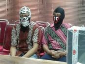Ditreskrimsus Polda Bali menetapkan 2 tersangka dugaan kasus korupsi Pengadaan Alat Kedokteran Kesehatan dan KB serta Kendaraan Khusus Tahun Anggaran 2013 di RSUD Mangusada Badung - foto: Suyanto