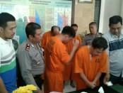 Keempat pelaku gendam yang diringkus Polsek Kuta - foto: Istimewa