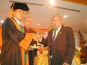 Pelaksanaan Wisuda Sarjana Ke-39 IKIP PGRI Bali dirangkai dengan Dies Natalis Ke-34. Prosesi pelepasan itu diikuti oleh 500 mahasiswa - foto: IKIP PGRI Bali