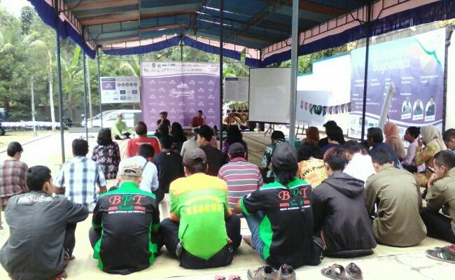 Sarasehan Bogowonto, di pelataran Arahiwang, Borowetan, Banyuurip, Kamis (10/8) - foto: Sujono/Koranjuri.com