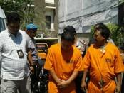Pelaku pencurian mobil minibus yang diamankan Polsek Kuta - foto: Istimewa