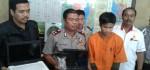Begitu Keluar dari Masjid Pencuri Kotak Amal ini Sudah Ditunggu Polisi