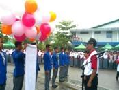 Apel peringatan HUT ke 50 SMK N 1 Purworejo, dengan dipimpin Kepala Sekolah, Budiyono, Spd, MPd, Senin (16/10) - foto: Sujono/Koranjuri.com