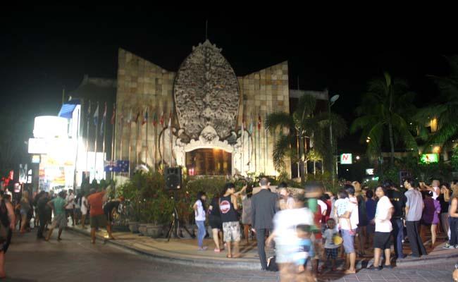 Tragedi Bom Bali, Gubernur Pastika, Perdamaian Bukan Jatuh dari Langit