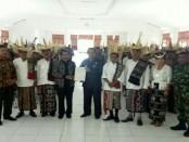 Bupati Rote Ndao, Leonard Haning menerima perwakilan warga yang mengungkap pemekaran di wilayah Thie Timur - foto: Isak Doris Faot/Koranjuri.com