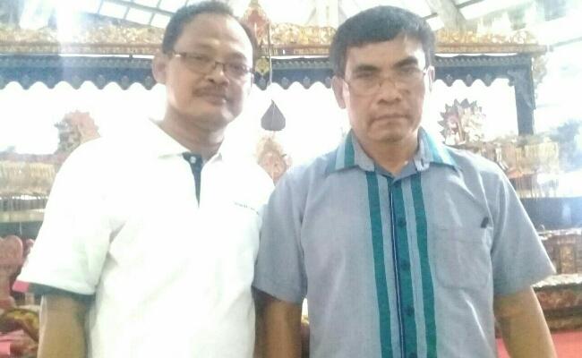 Suprih Suhartono, Ketua Umum Paguyuban Penghayat Kapribaden, dan Murna Inriyanto, Ketua PPK Jatim - foto: Sujono/Koranjuri.com
