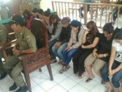 Para PSK mengikuti sidang tipiring di PN Denpasar - foto: Ari Wulandari/Koranjuri.com