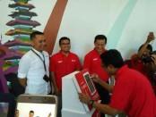 Penandatanganan kerjasama Tcash dan Balimall, di Grapari Telkomsel, Renon, Denpasar, Rabu (1/11/2017) – foto: Ary Wulandari/Koranjuri.com