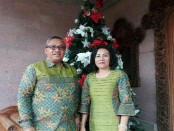 Ketua DPRD Kabupaten Badung, I Putu Parwata beserta istri - foto: Koranjuri.com