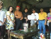 Pertemuan antara Cokorda Pemecutan XI bersama anggota DPD Bali, Ngurah Arya Wedakarna dan Penglingsir Puri Gerenceng Anak Agung Ngurah Agung di Puri Pemecutan - foto: Koranjuri.com