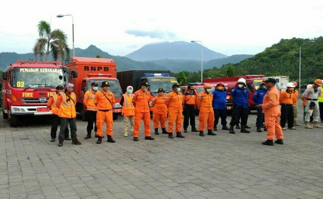 Tim SAR Gabungan Bertahan 24 Jam Hadapi Letusan Besar GA