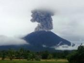 Gunung Agung kembali erupsi, Kamis, 11 Januari 2018 - foto: Istimewa