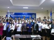 Foto bersama usai pembukaan Pendidkan Khusus Profesi Advokat oleh DPC Denpasar Peradi - foto: BNN/RSN