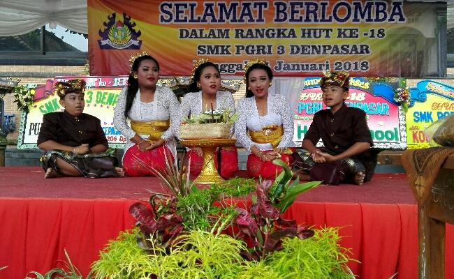 Peserta lomba Utsawa Darma Gita - foto: Koranjuri.com
