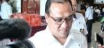 Dicegat Wartawan, Erzaldi Rosman Hentakkan Kaki