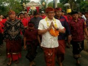 Hadir diantara ribuan warga dalam ajang parade budaya itu, Wakil Bupati Badung Ketut Suiasa dan para tokoh adat dan masyarakat lainnya - foto: Istimewa